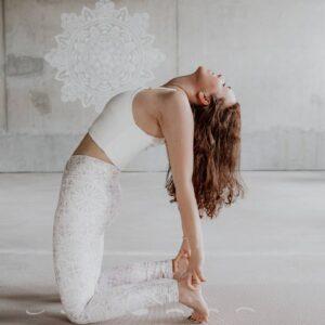 Yogahouding-Ustrasana
